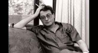 Mahmoud Darwish's home robbed by four gunmen
