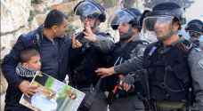 Israeli forces carry out a raid and detain 11 Palestinians