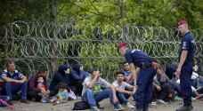 Number of asylum seekers in EU drops by half in 2017