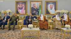 Razzaz on official visit to Saudi Arabia