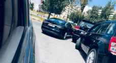 Minister's vehicle closes down road in Amman
