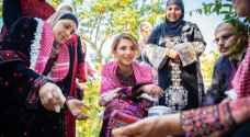 Queen Rania visits Agricultural Cooperative in Kufrsoum, meets with residents