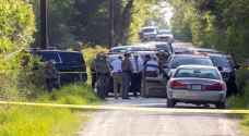 One dead, five wounded in Texas shooting spree