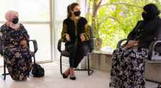 Queen Rania meets income-generating project owners at CCA