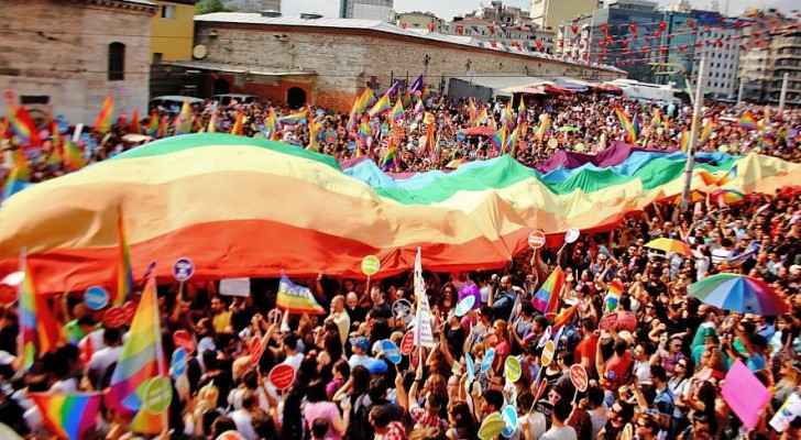 Istanbul Gay Pride. (Wikimedia commons)