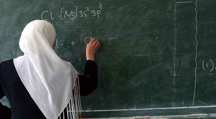 It is against the neutrality law to dismiss a woman's candidacy because of the hijab.