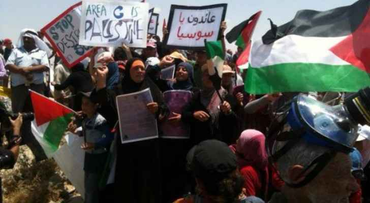 Palestinian residents of Sussiya demonstrate against court ruling allowing the demolition of the village located in the southeast of Hebron on June 22