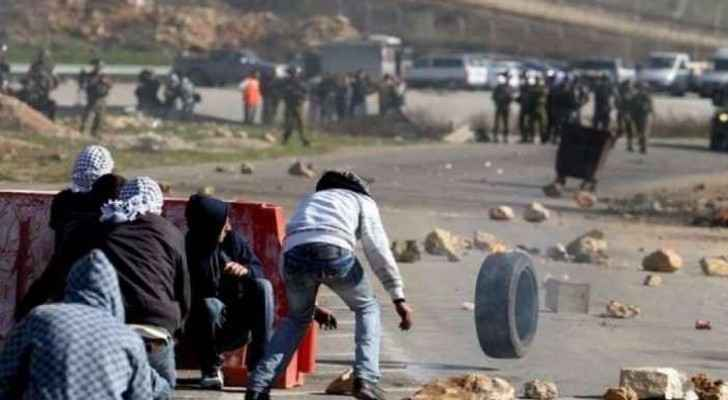 Palestinian child attacked by Israeli forces, taken to hospital