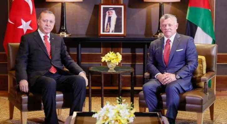 Talks were held between the two leaders at the Al-Husseiniyah Palace.