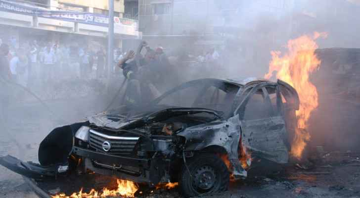 Baghdad car bomb leaves at least 10 dead