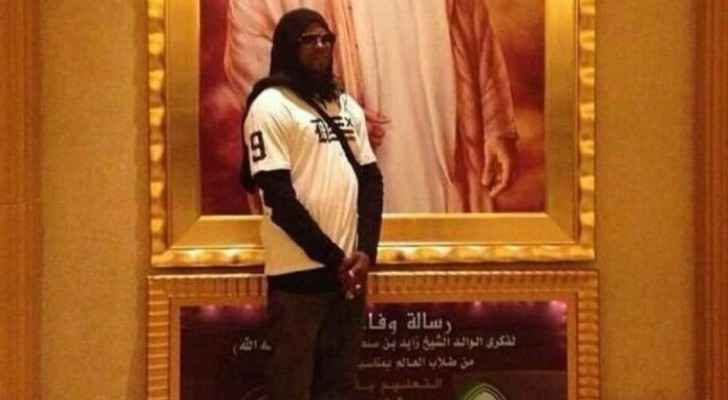 Never forget 2 Chainz wearing a hijab in Dubai. (Photo Credit: 2 Chainz)