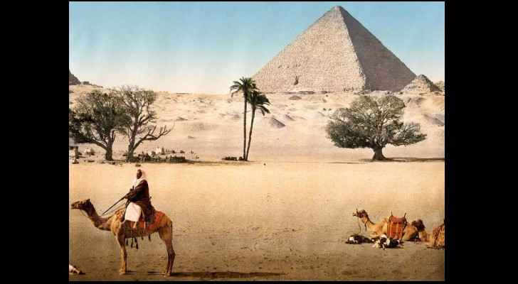 A beautiful image of the Pyramids from the 1890s.