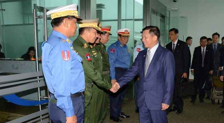Senior General Min Aung Hlaing and delegation leave for goodwill visit to Israel, 2015. (Facebook)