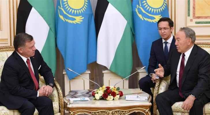 King Abdullah II of Jordan meets with President of Kazakhstan Nursultan Nazarbayev (Presidency Of Kazakhstan / Handout - Anadolu Agency)