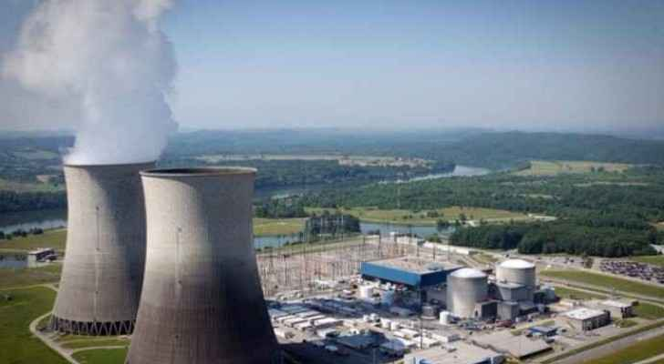 The 440-megawatt reactor is capable of generating electricity and purifying water.