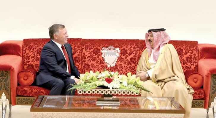 King Abdullah with Bahraini King Hamad Bin Isa Al Khalifa (Royal Court)