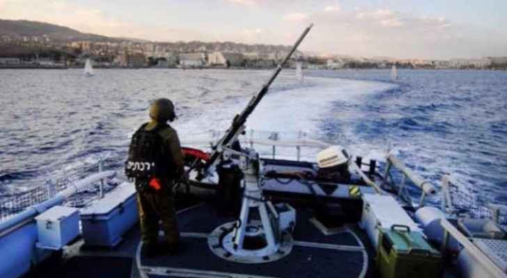 Israeli navy forces shoot Gaza fishing boats