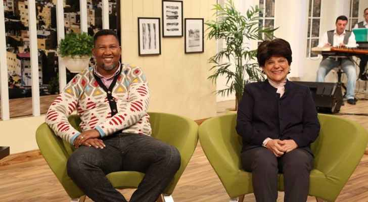 Mandla Mandela and Razan Zuayter from APN on Roya TV. (Roya)