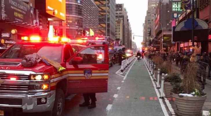 Several injuries and one in custody in New York. (Roya Arabic)