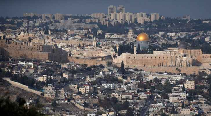 Israel approved the decision to build thousands of settlemnts in the Palestinian territories.