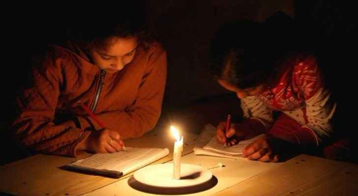 There is no electricity in the Gaza Strip up to 20 hours a day (BBC)