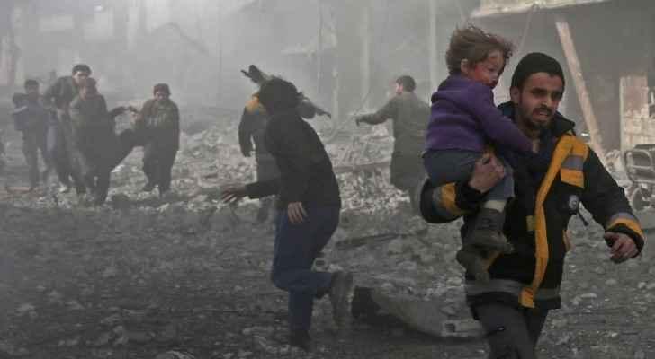 People fleeing the airstrikes in Al-Ghuta