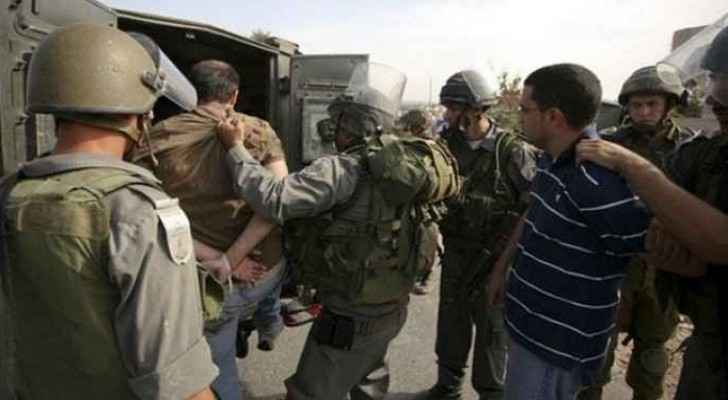 Israeli forces while arresting Palestinians in the West Bank. (Archive)