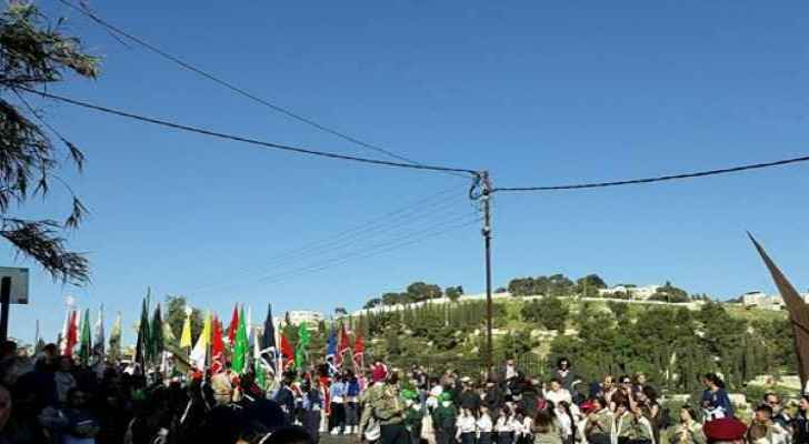Footage from the Palm Sunday march in Jerusalem. (Maan)