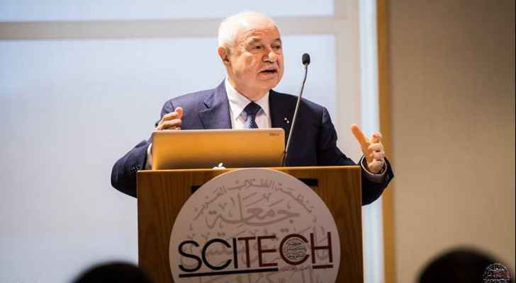 Talal Abu-Ghazaleh delivering the closing remarks at the 2018 Scitech Conference at MIT.
