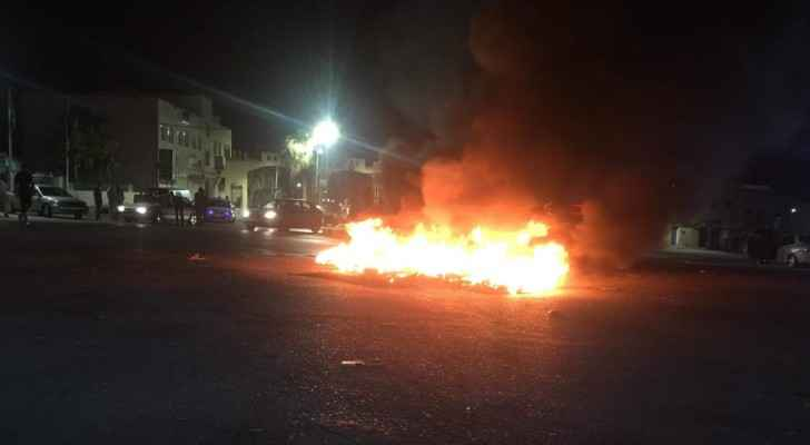 Tyres burning in Irbid in protest against the increase of fuel prices. (Roya)