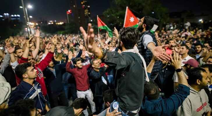 Hundreds of protesters turned up to the Fourth Circle in Amman on Sunday. (Roya)
