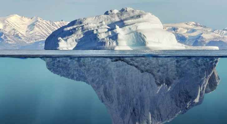 A United Arab Emirates company wants to tow icebergs from Antarctica to combat drought. (Science Alert)