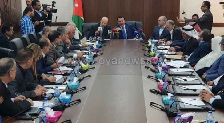 During Razzaz meeting with Reform Bloc members on Thursday.
