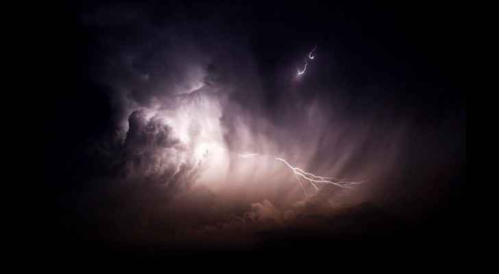The lightning-filled clouds were enough to scare even the bravest of us. (Tendancecoatesy.wordpress.com)