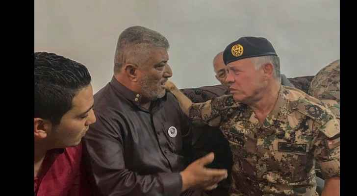King visits family of martyr Qawqaza in Jerash