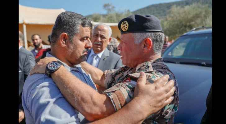 King visits family of martyr Azzzam Bani Yassin in Ajloun