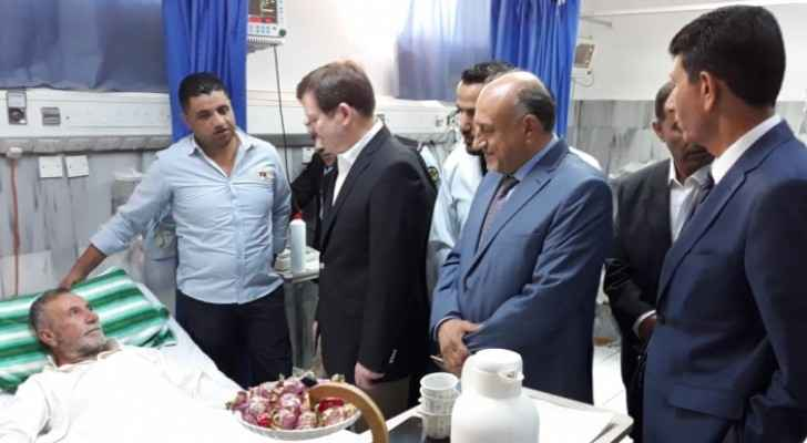 Minister of Health checks on medical centers during Eid