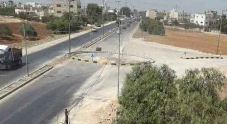 The Huwwarah roundabout was built on one side of the road only. (Roya)