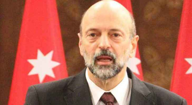 Razzaz to launch 65 modern buses on Tuesday