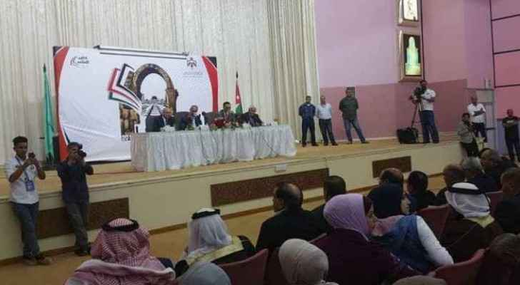 Chaos as Cabinet meets with citizen in Mafraq