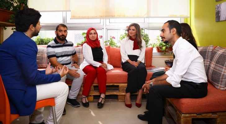 Queen Rania meets with youth-led initiative founders