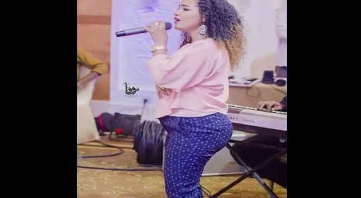 Image circulating on social media sparks controversy about singer's trousers