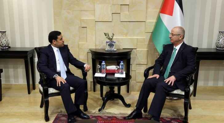 PM Rami Hamdallah and Jordan's Ambassador to Palestine, Mohammed Abu Wandi.