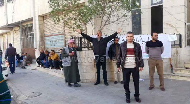 In Irbid, workers at 13 out of 18 local municipalities joined the strikes. (Roya)