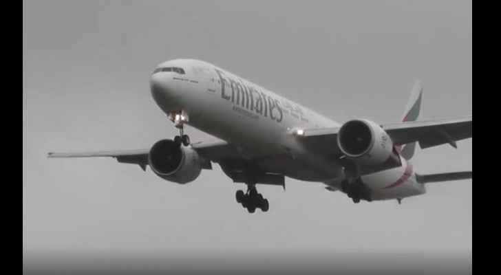 Emirati Boeing 777 heroic landing during storm Diana