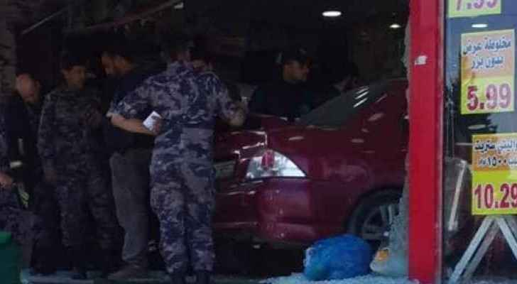 Video: Car drives into coffee roastery in Zarqa