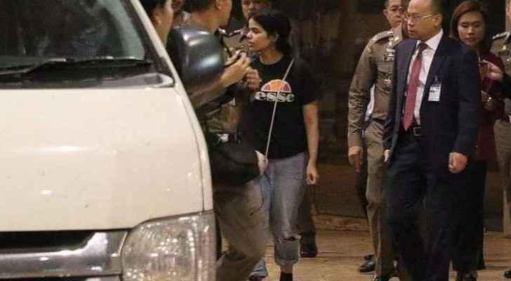 Saudi asylum seeker Rahaf disappears from Twitter
