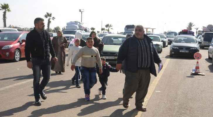 9900 Syrian refugees returned home since last October