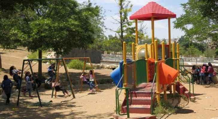 Amman Municipality promises Jordanians restoration of public parks