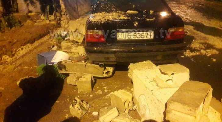 Wall collapses on car in Zarqa
